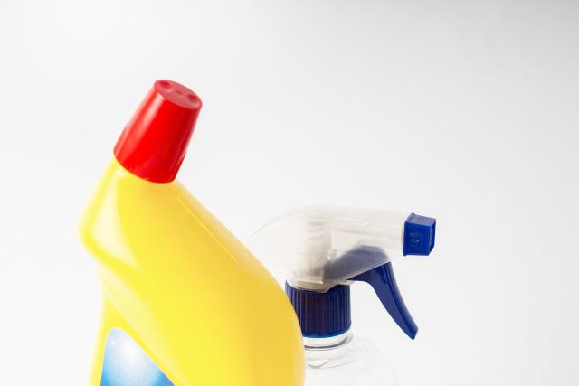 特殊洗剤と発泡剤で汚れを一掃! ゼテックスダクトクリーン